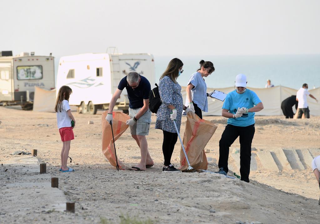 Campaña de limpieza de playas en Kuwait
