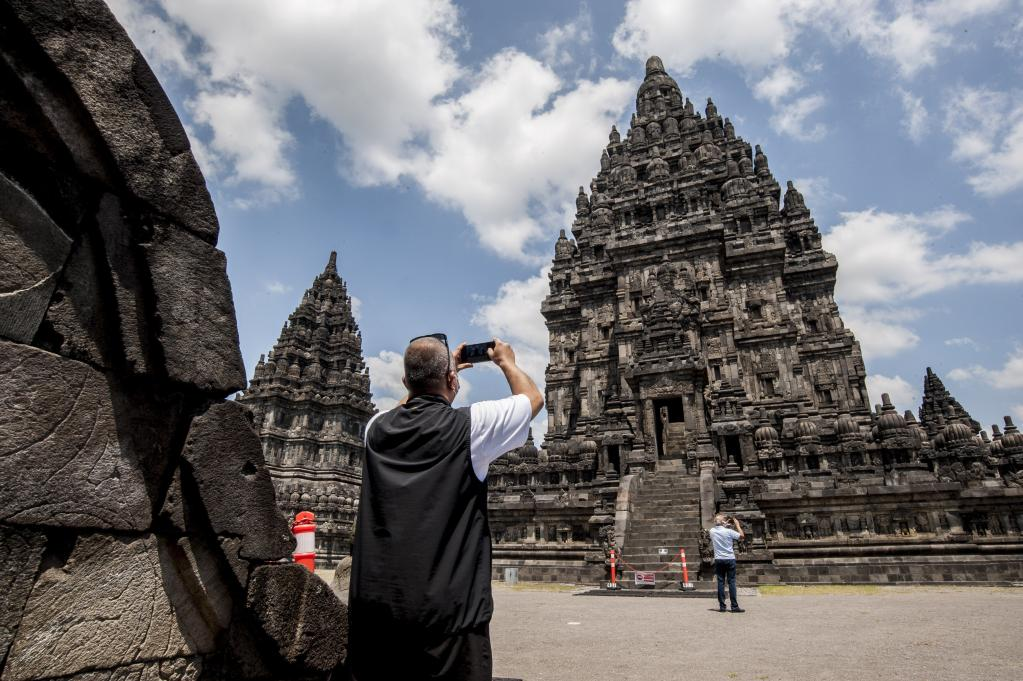 Indonesia: Templo Prambanan reabre al público